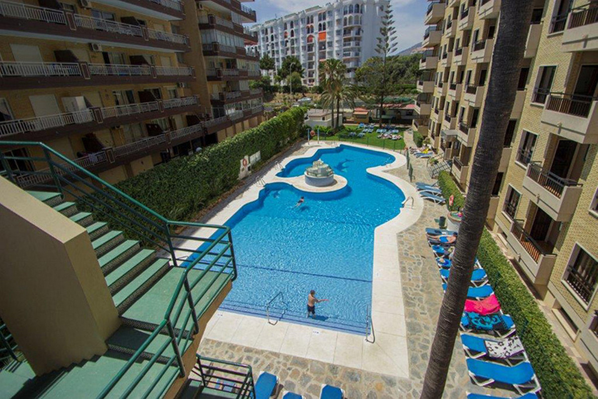 Middle Floor Apartment, Los Boliches, Costa del Sol. 1 Bedroom, 1 Bathroom, Built 50 m²;, Terrace 8 , Spain