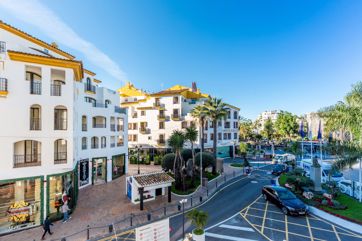 0 bedroom commercial for sale puerto banus