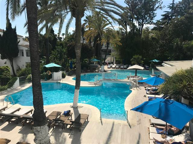 Marbella Banus Apartamento Planta Media en venta en Marbella – R3202081