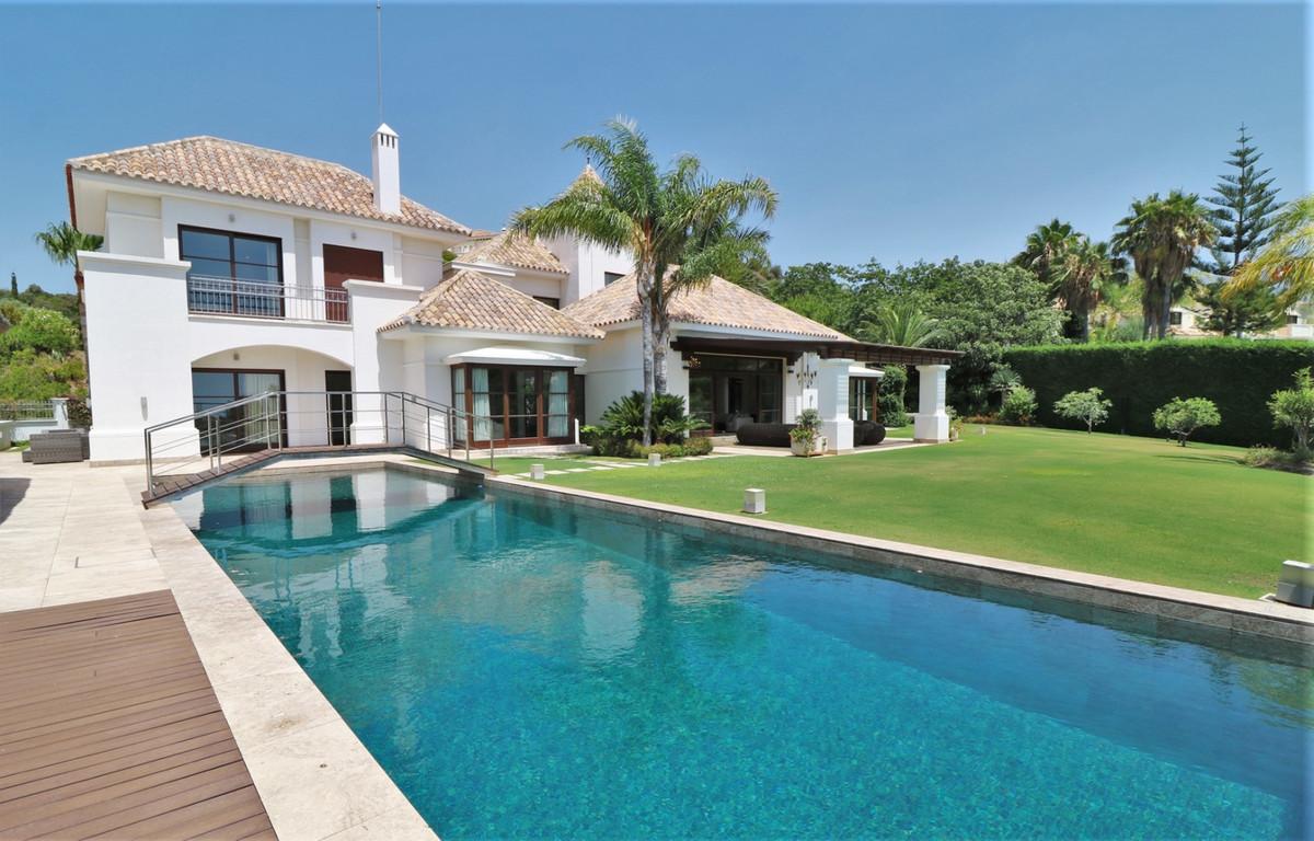 Villa – Chalet en Venta en Benahavís – R3674717
