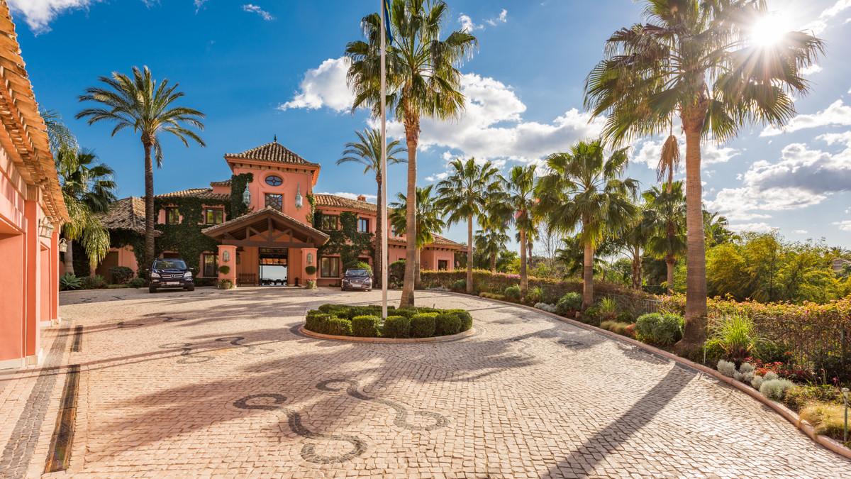 Villa – Chalet en Venta en Nueva Andalucía – R3294715