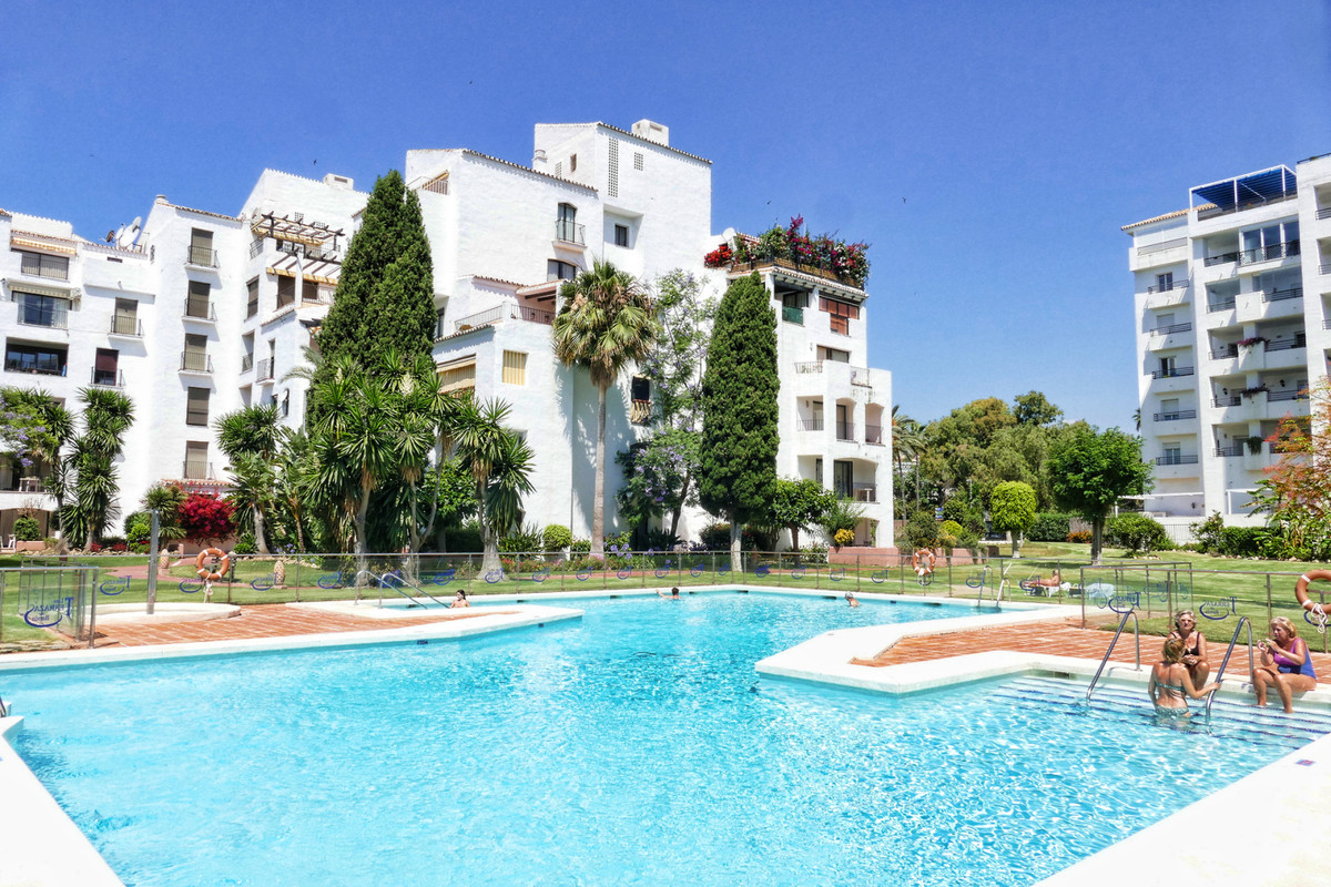 High quality refurbished Studio apartment, with 1  bathrooms located in the heart of Puerto Banus ju, Spain