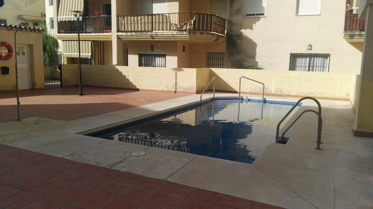 Bright apartment in the center of Las Lagunas, Mijas Costa surrounded by all kind of  services, shop, Spain