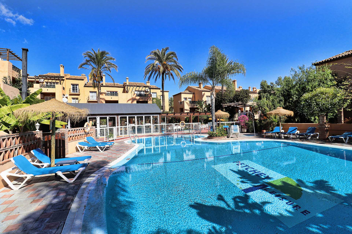 Opportunity! Magnificent Two-Bedroom First Floor Apartment in a Holiday Resort with magnificent gard,Spain