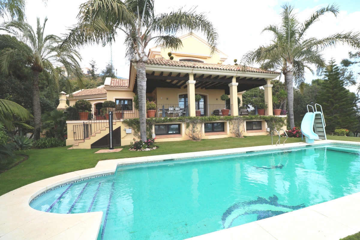 Villa for sale in La Zagaleta, Costa del Sol