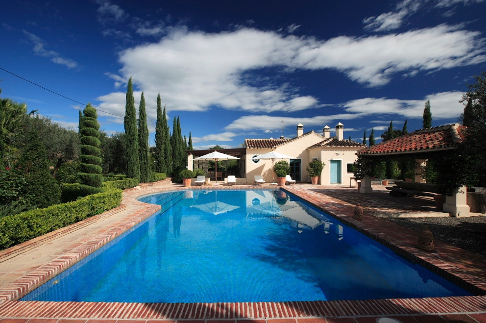 Fantastic Cortijo situated in the quaint town of Coin.  The house sits on a plot of 7000m2 and consi,Spain