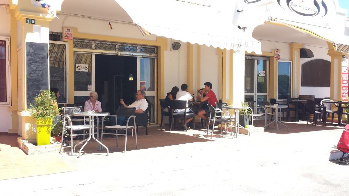 Commercial  Cafe for sale   in Calahonda