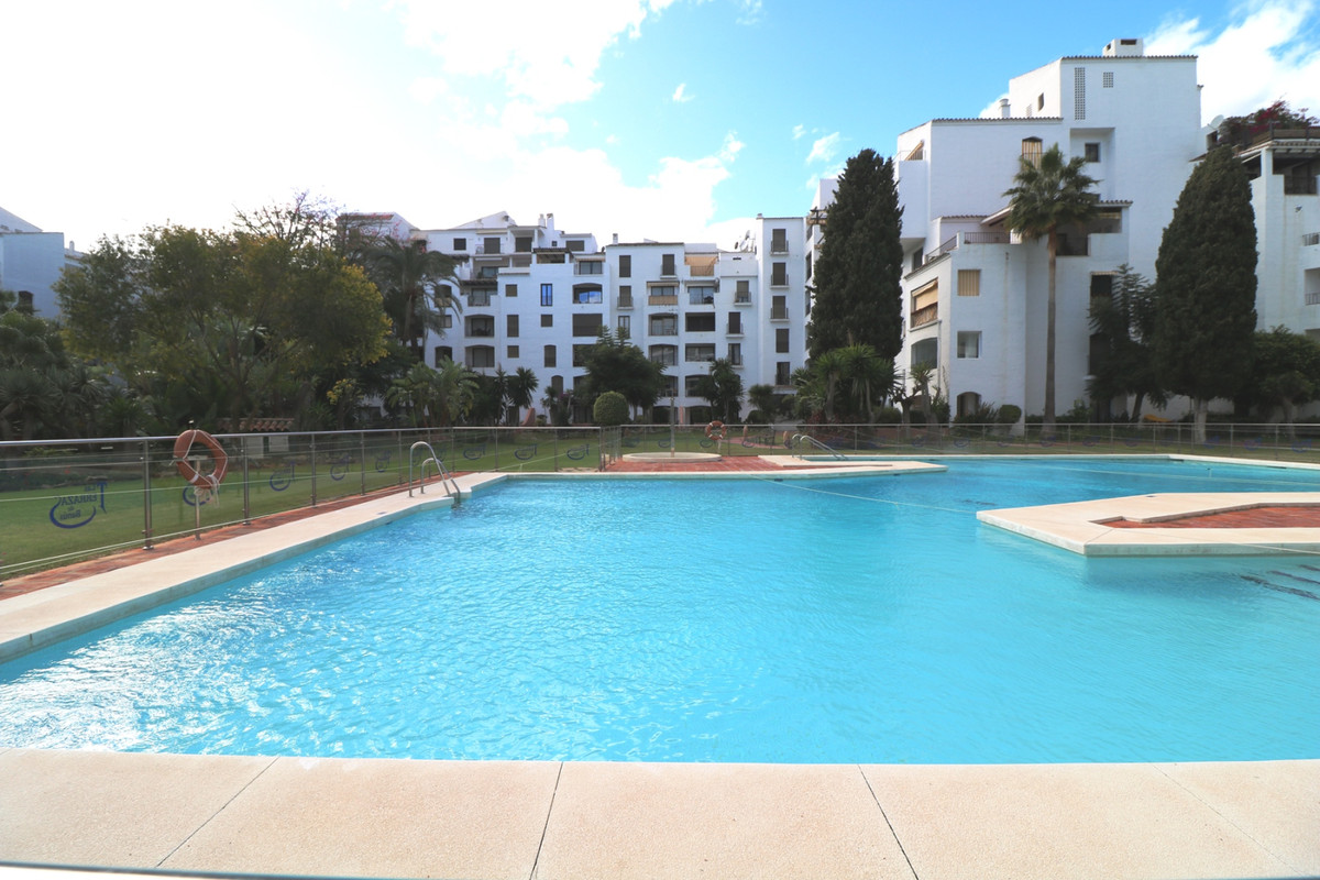 Fully renovated 2 bedroom 2 bathroom apartment with the highest qualities and  a terrace overlooking, Spain