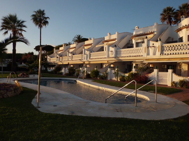 This First line beachfront elevated ground floor apartment consist of 3 bedrooms and 3 bathrooms , t, Spain