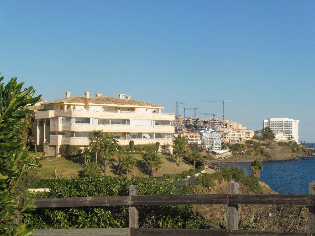 Apartment Ground Floor Benalmadena Costa Málaga Costa del Sol R3352927