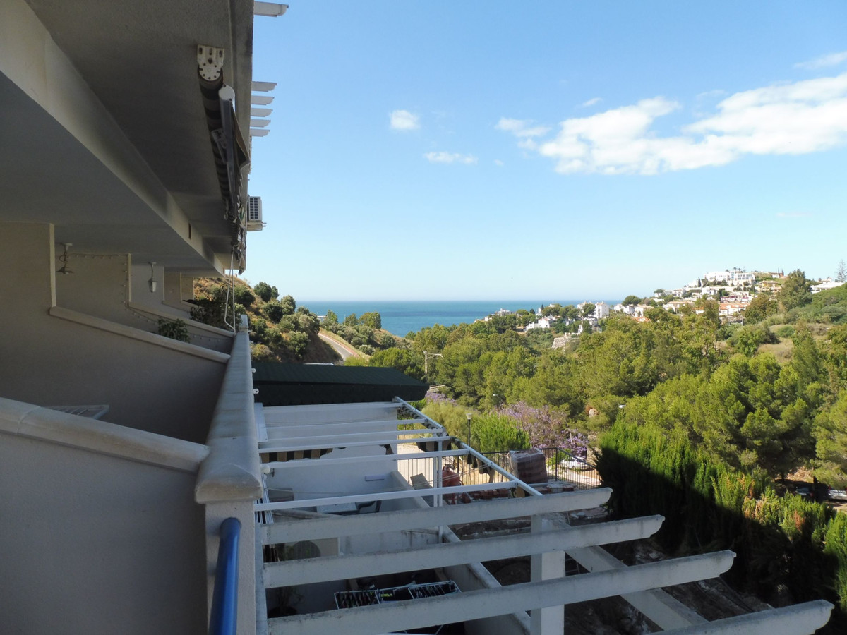 1 bed Apartment for sale in Benalmadena Costa