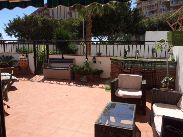 Lovely ground floor apartment located in Benalmadena Costa in a small quiet complex with pool, garde, Spain