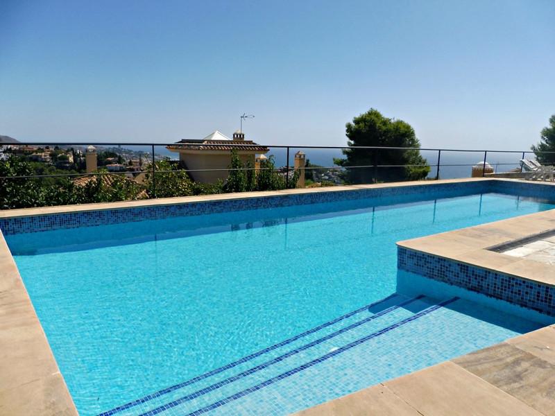 Villa – Chalet en venta en Málaga – R3003515
