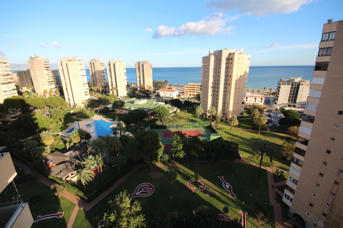 Appartement  Mi-étage en vente   à Playamar
