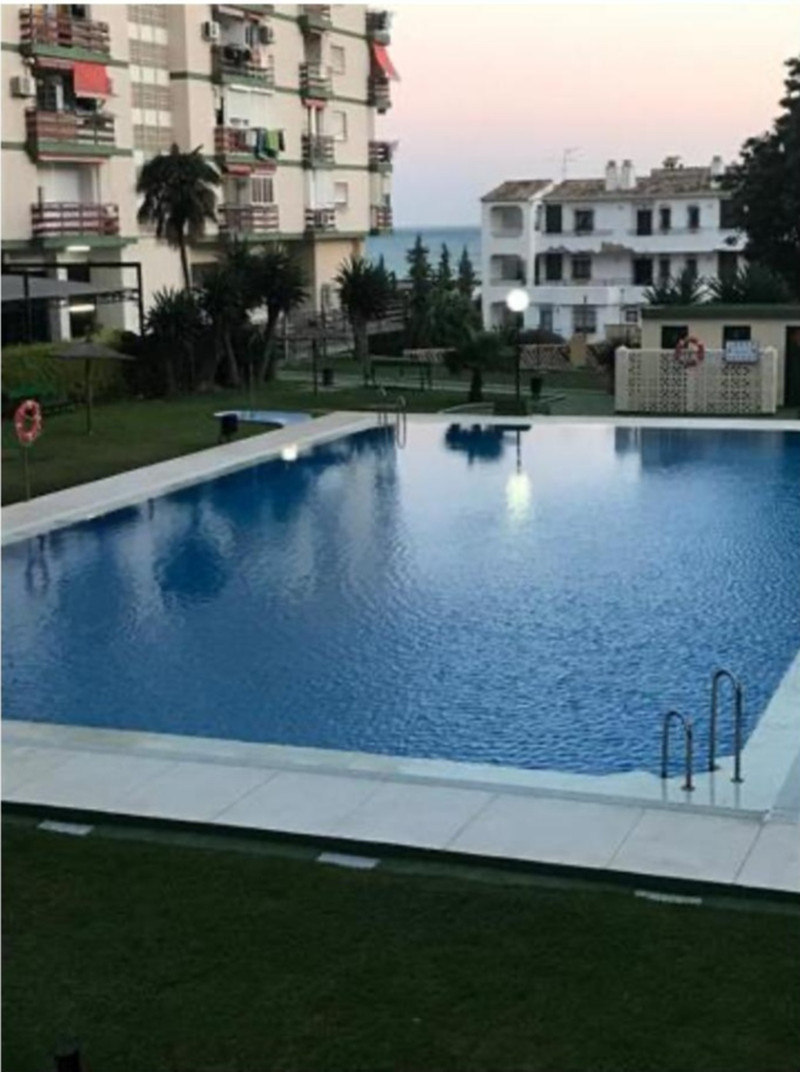 Middle Floor Studio in Benalmadena Costa for sale