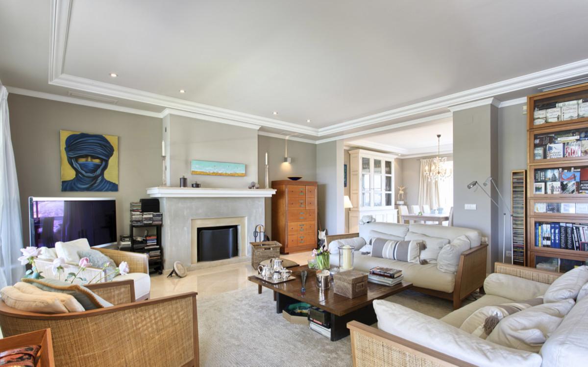 Villa – Chalet en Venta en La Quinta – R3538525