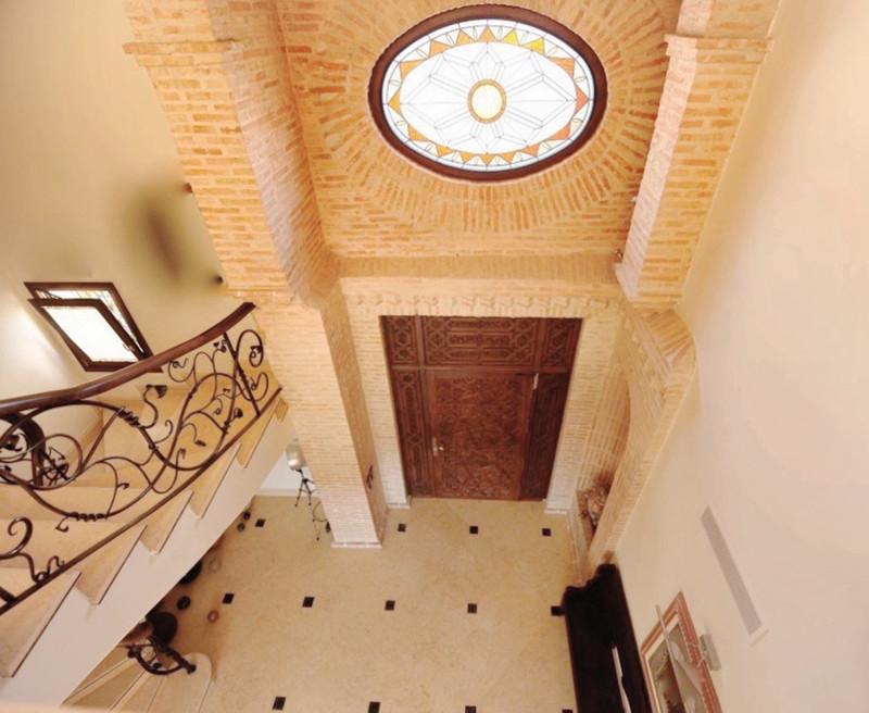 Villa - Villa zum Verkauf in The Golden Mile - R3520492