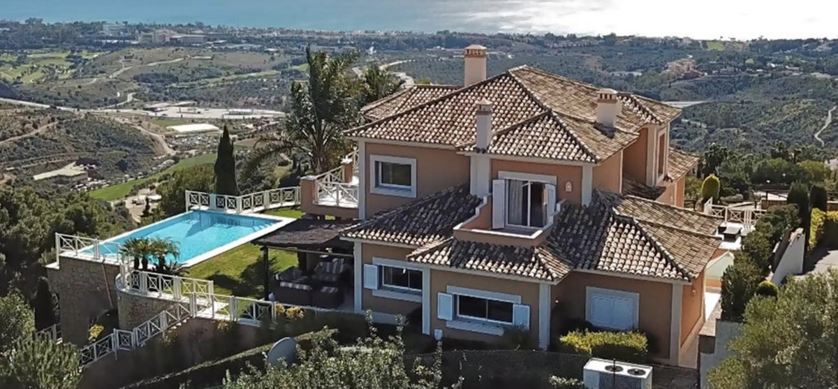 House in Altos de los Monteros R3418693 18