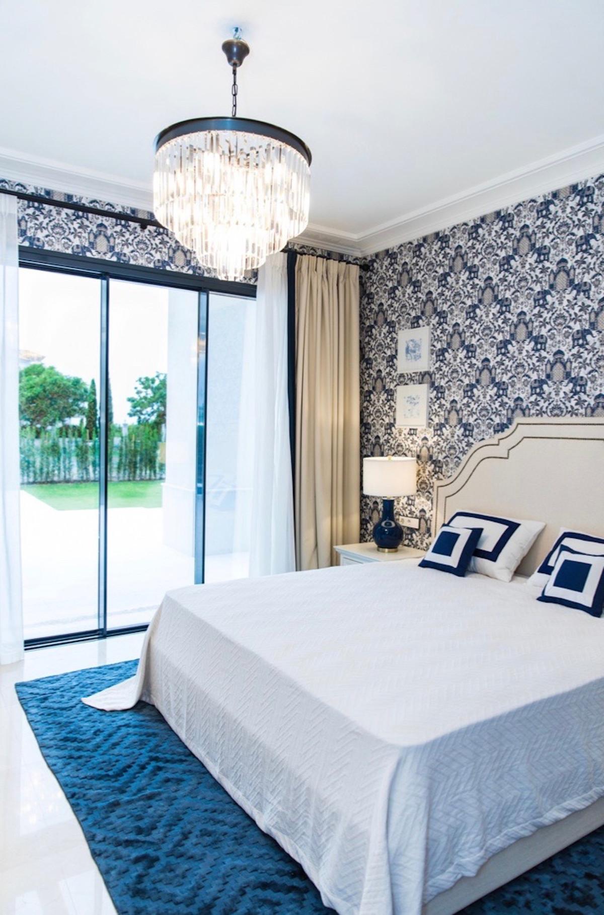 Villa con 6 Dormitorios en Venta Los Flamingos