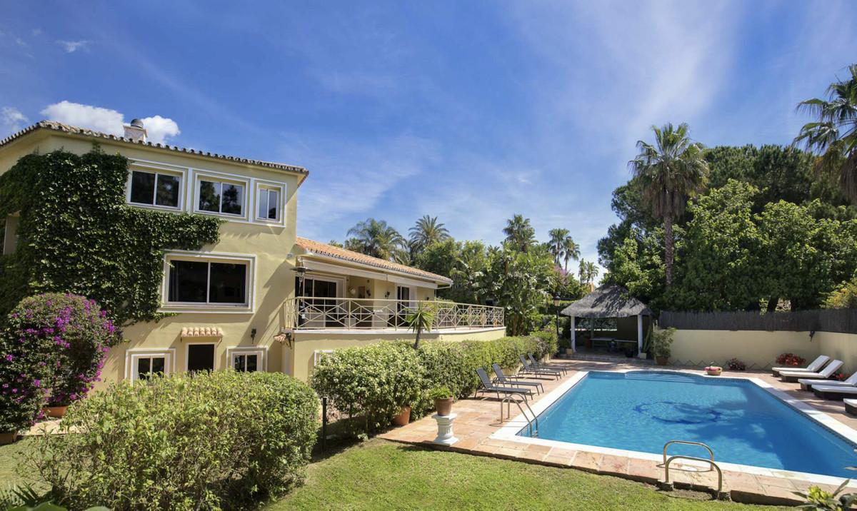 Detached Villa for sale in Nagüeles R3593320