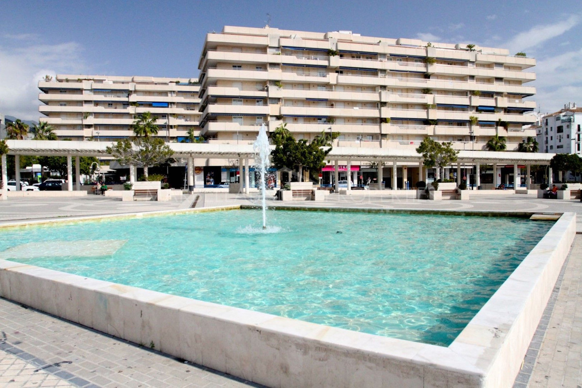 Spectacular apartment just a few meters from the sea in the heart of Puerto Banus. Excellent locatio,Spain