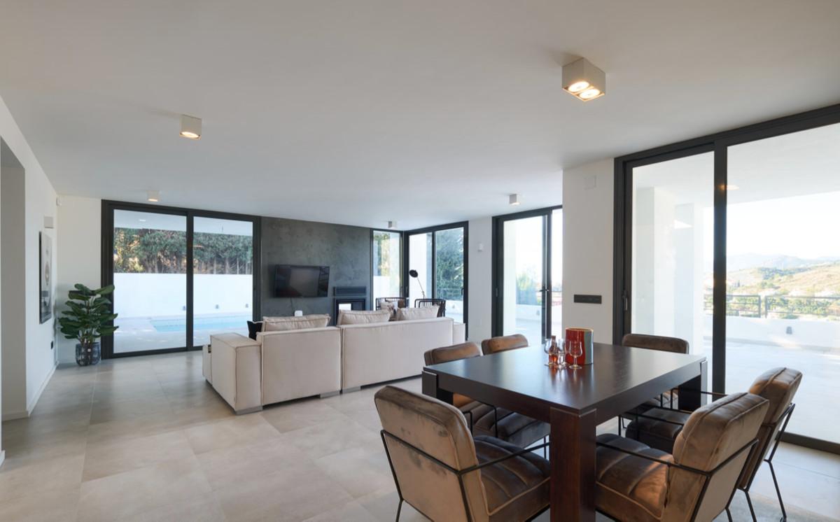 Villa – Chalet en Venta en Nueva Andalucía – R3471331