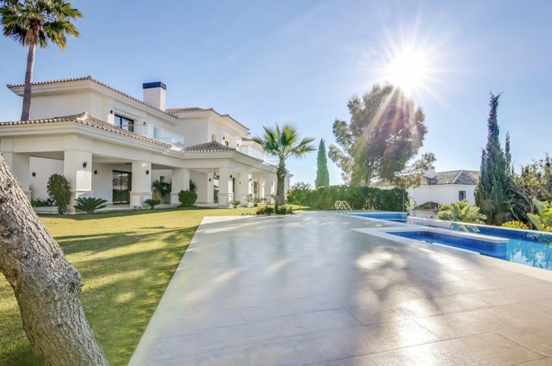Marbella Banus Se vende Villa – Chalet, Sierra Blanca – R3531490