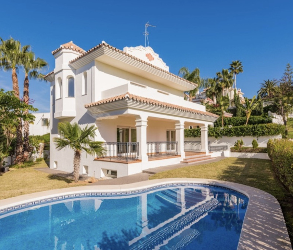This Villa was built to the highest standards. With views of hole 5 of the Guadalmina golf course. T, Spain