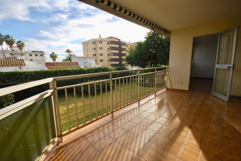 Marbella Banus Apartamento Planta Media en venta en Málaga Este – R3614357