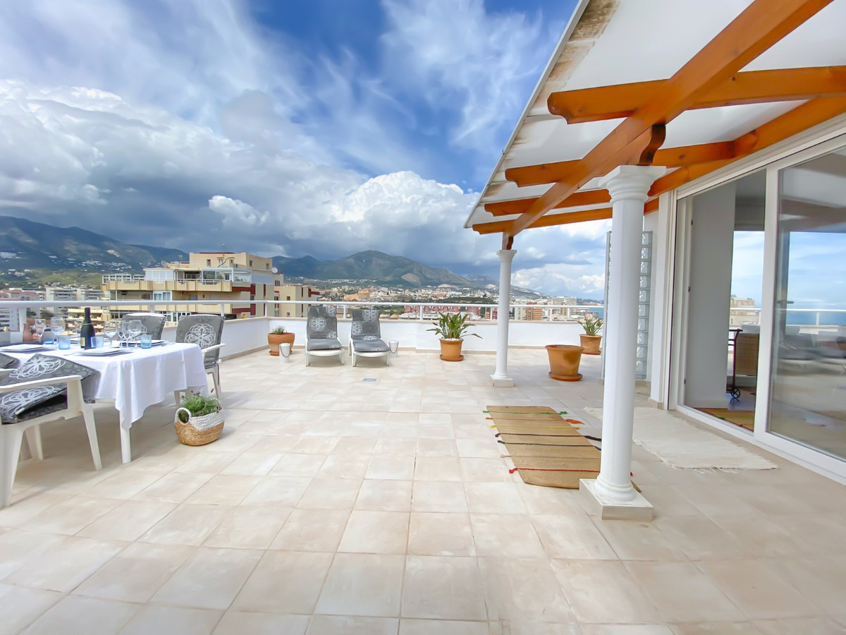 Super luxurious penthouse located in one of the most popular areas in Los Boliches, Fuengirola, abou,Spain
