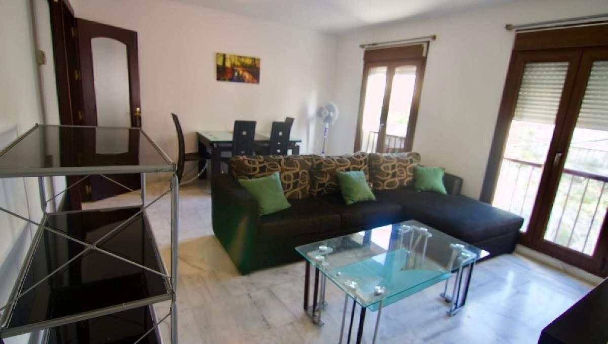 Excellent apartment for sale in Arroyo de la Miel, Benalmadena, consists of two bedrooms, bathroom, ,Spain