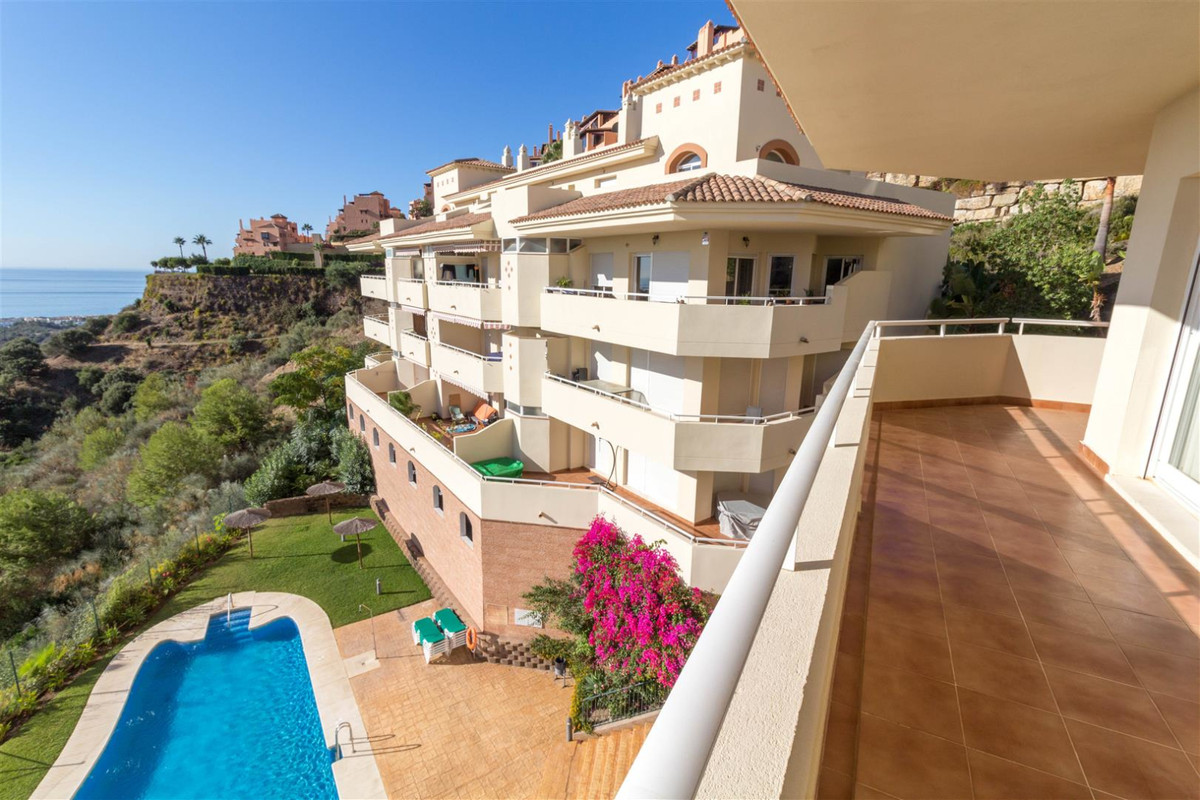Enjoy the panoramic sea views from this beautifully presented, South facing, modern and spacious 3 b, Spain
