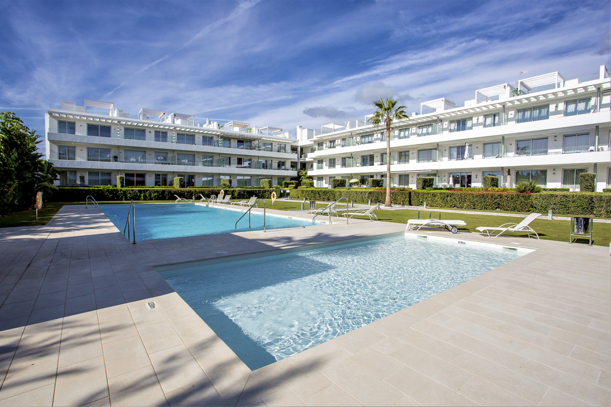 Brand new 3 bedroom garden apartment in one of the most sought-after urbanisations, Belaire. The apa,Spain