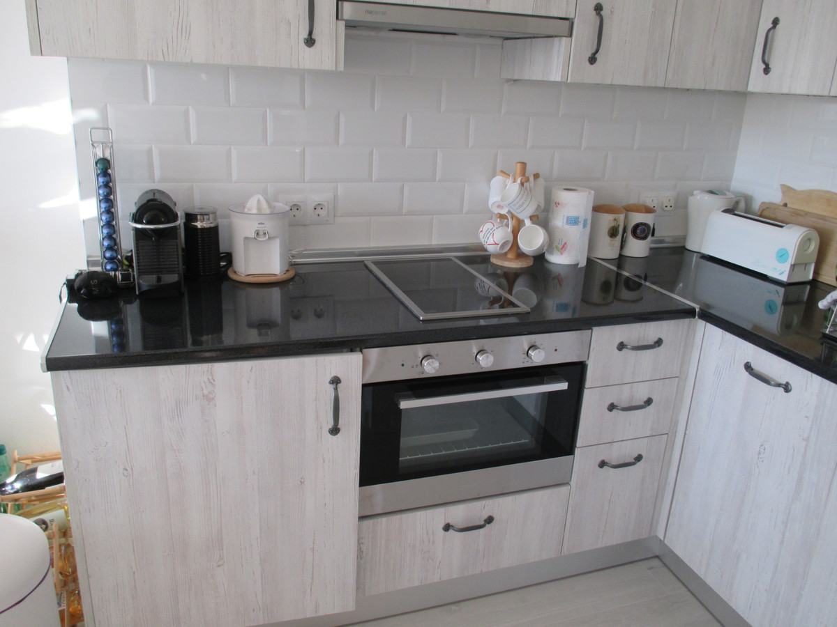 Stunning 1 bedroom apartment in the sought after complex of Benal Beach in Benalmadena Costa. Locate,Spain