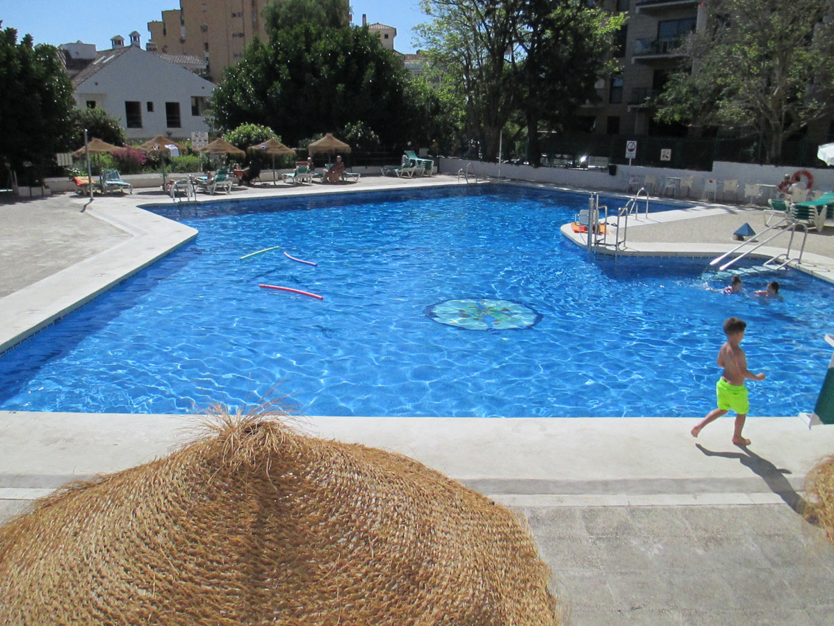 Lovely Studio Apartment set on the ground floor of Piscis/Acuario Complex and so very centrally loca, Spain