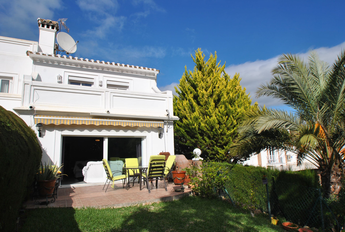 Townhouse Semi Detached in Calahonda, Costa del Sol