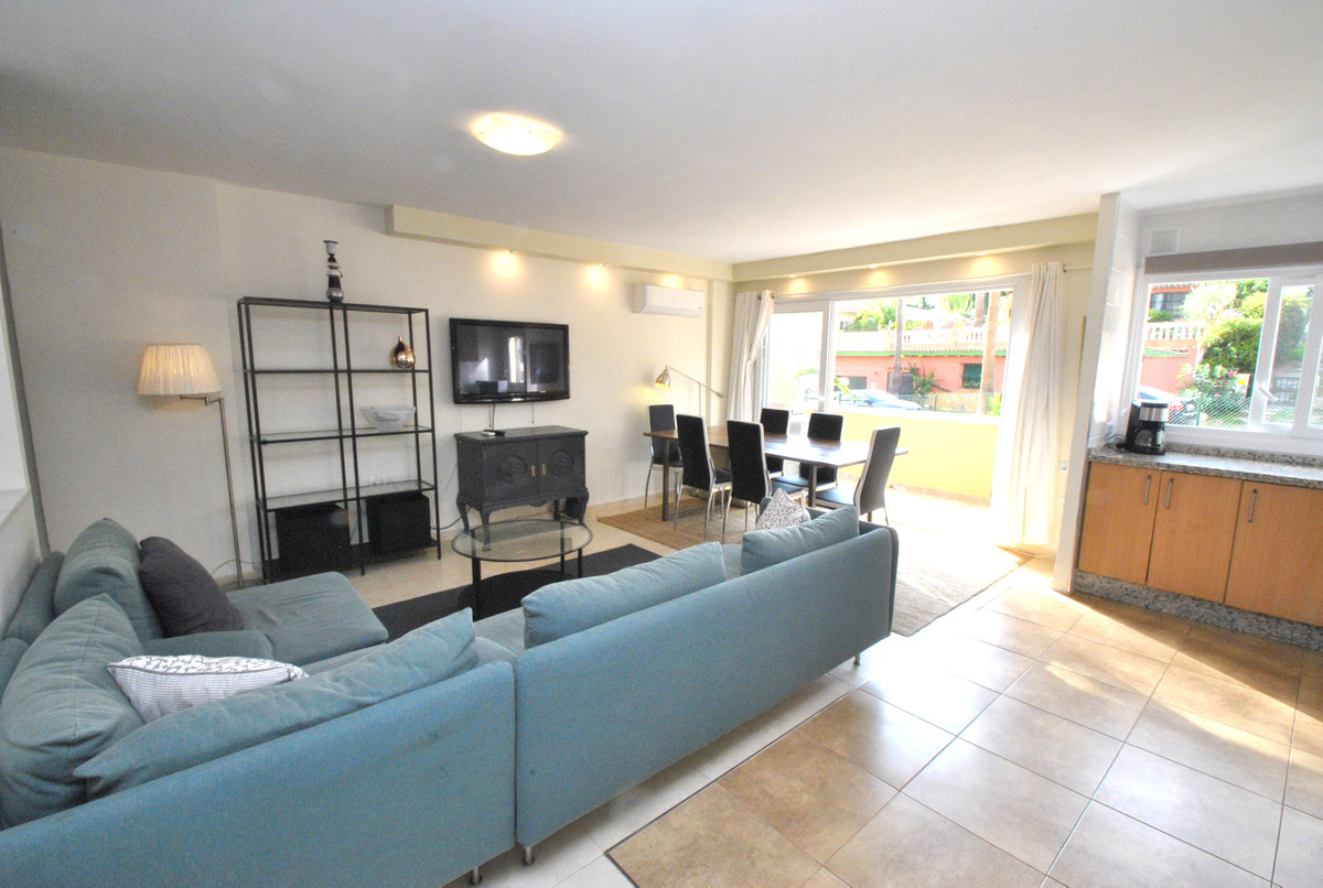 Marbella Banus Apartamento en Venta en Las Chapas – R3348610