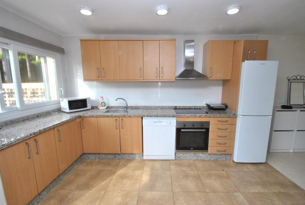 Apartamento en Venta en Las Chapas – R3348610