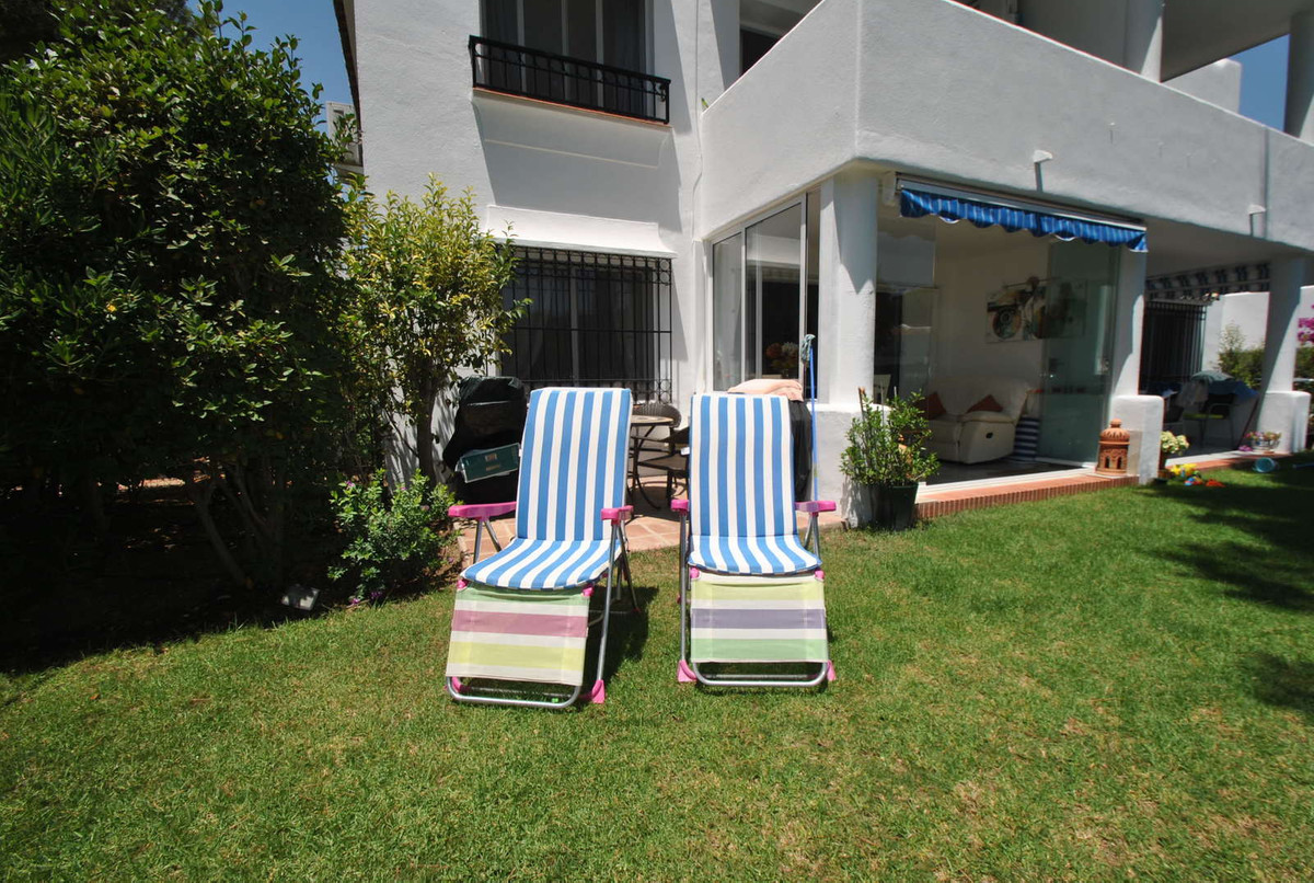 A truly lovely garden apartment in the award-winning Miraflores complex in Mijas Costa.  This lovely,Spain
