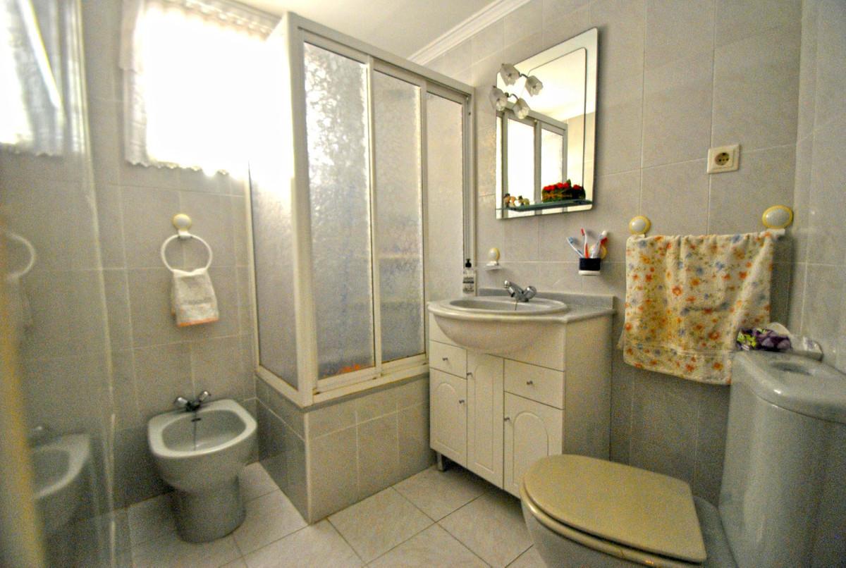 R2737043: Apartment for sale in Calahonda
