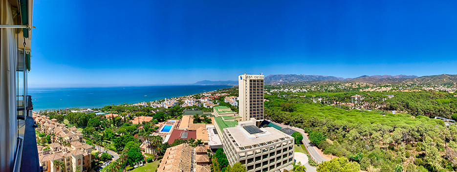 Studio in Marbella del Este with panoramic sea views from the 16th floor and southwest orientation. ,Spain