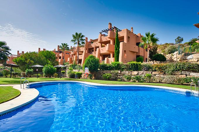 Marbella Banus Apartamento en Venta en Elviria – R3759628