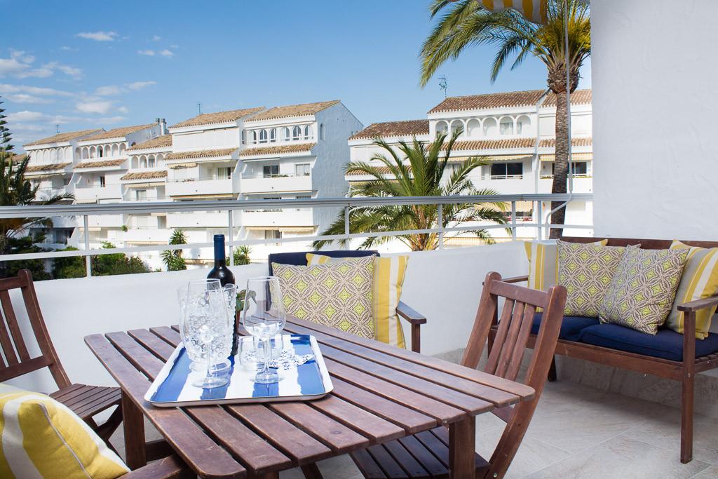 Marbella Banus Apartamento Planta Media en Venta en Marbesa – R3657761