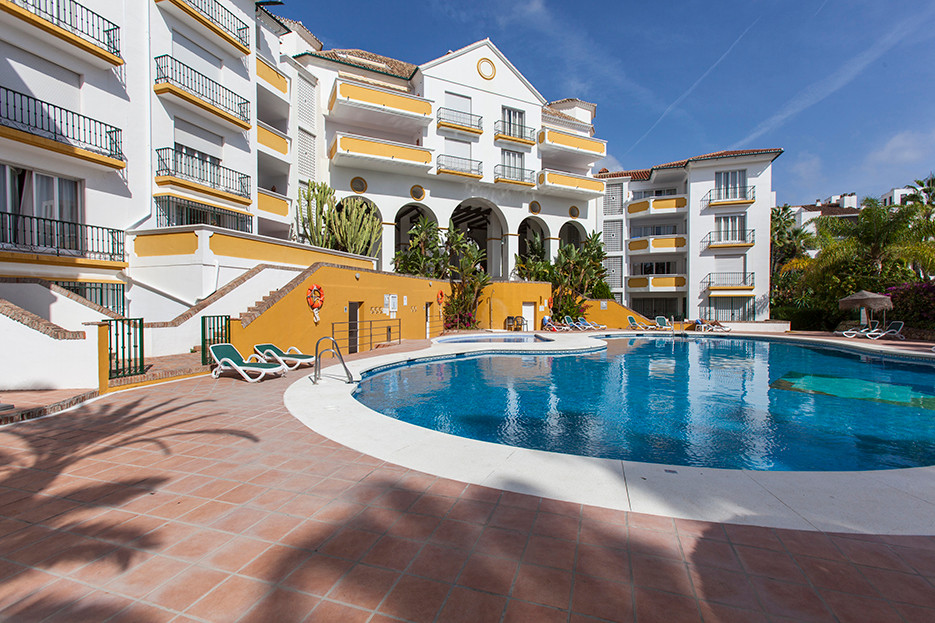 Well priced two bedroom apartment with lovely views and a sunny terrace situated in a popular beach ,Spain