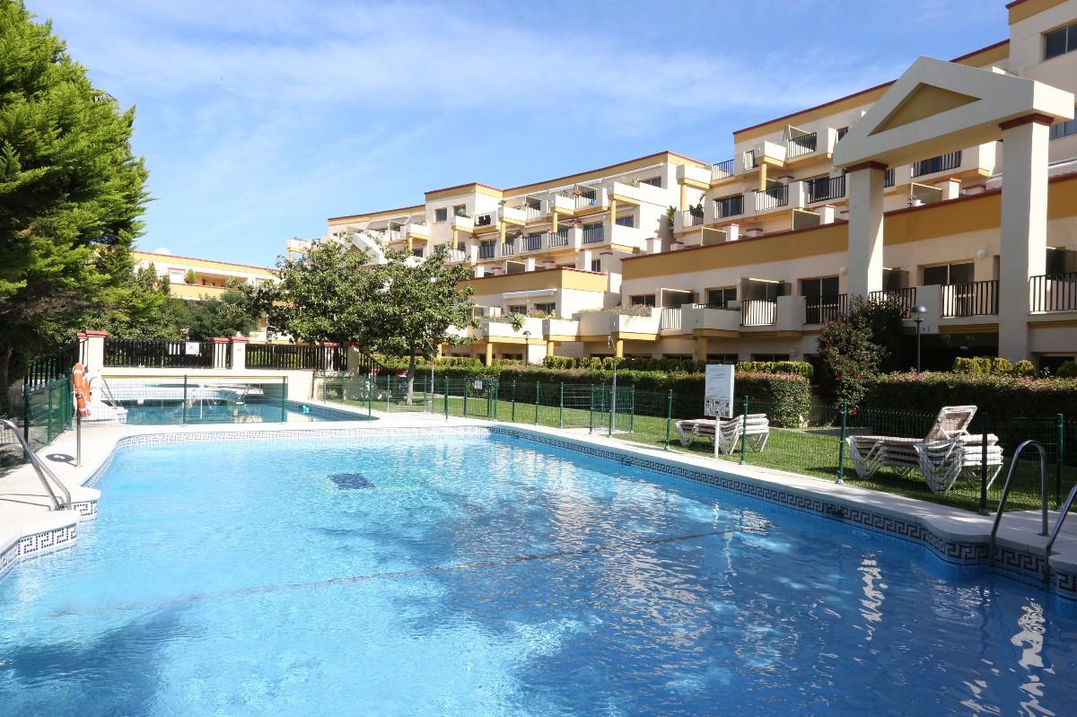 Marbella Banus Estudio Planta Media en Venta en Elviria – R3603410