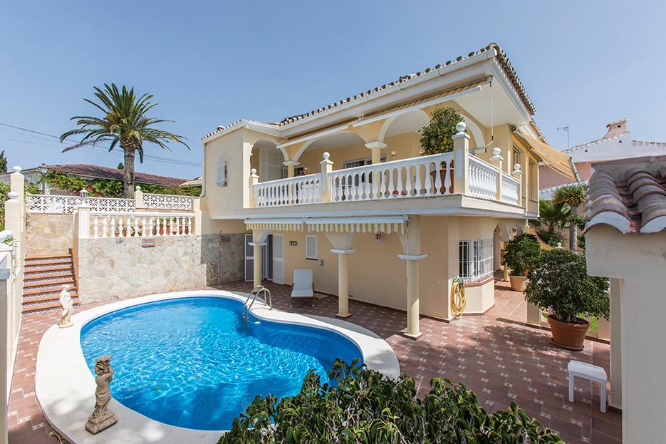 Villa en vente à Elviria R3303664