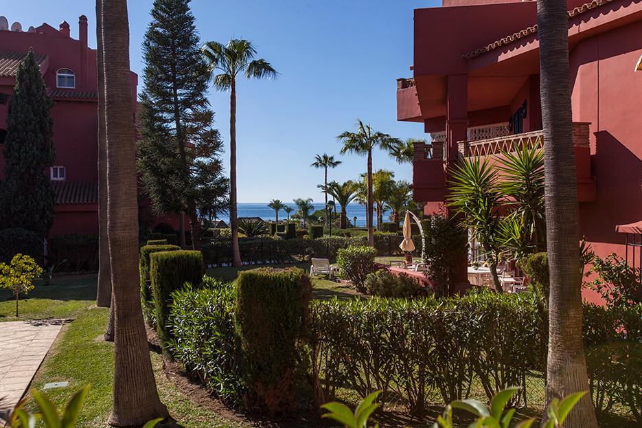 Marbella Banus Apartamento en Venta en Elviria – R2971706