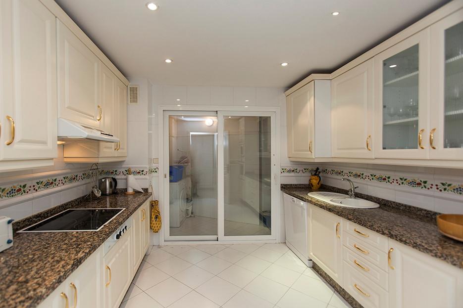 Apartamento en Venta en Elviria – R2971706