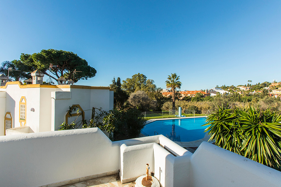 Townhouse in Artola Baja, East Marbella, only a few minutes from the beach and from the Cabopino Mar, Spain