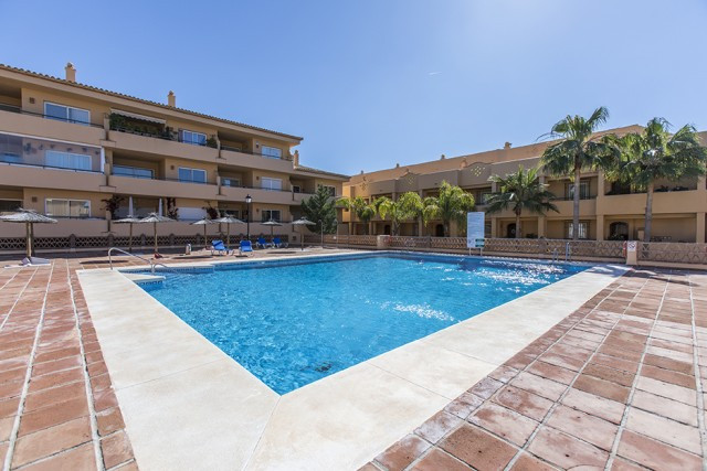 Airy one bedroom apartment with open views by the Santa Maria golf course in Elviria, East Marbella ,Spain